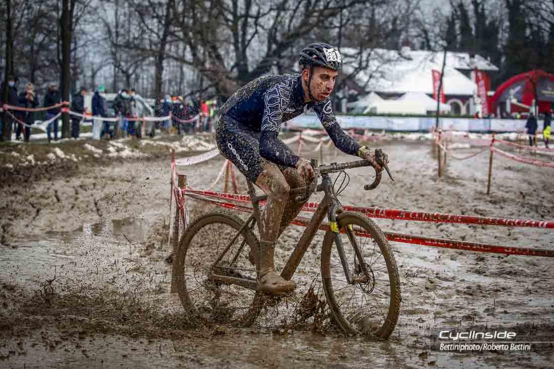 Giro d'Italia di ciclocross, il camuno Cominelli perde la